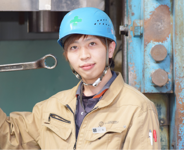 「2014年4月入社 製造部/プレスグループ Kさん」の写真