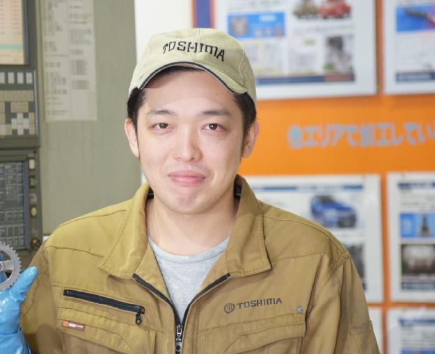 「2018年2月入社 製造部/カッティンググループ Uさん」の写真